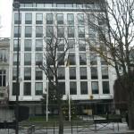 Deutsche Botschaft mit Weihnachtsbaum
